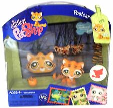 Littlest Pet Shop  Postcard Pets #905 Tiger / tabby kitty with toy mouse