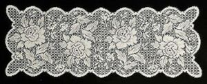 """White Lace Scalloped Table Runner 12"""" x 33"""" Victorian Rose Bedroom Living Room"""