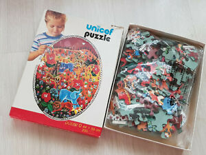 Vintage UNICEF puzzle Red Frienzy by Javo oval 44 x 49 cm Code 700D Jigsaw 200pc