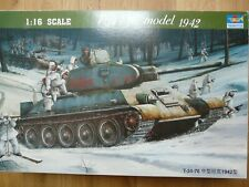 Maquette 1/16 Trumpeter Ref 0905 Char T-34/76 model 1942