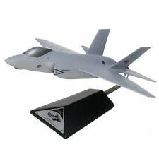 US Navy Lockheed Martin F-35C JSF/CV Desk Top Display Jet 1/40 Model ES Airplane