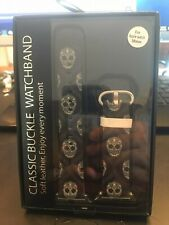 Classic Buckle Watchband for the  Apple Watch, 38mm, Skull Pattern