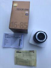 Nikon AF-S DX Nikkor 16-85mm 1:3,5-5,6G ED VR Objektiv Bildstabilisator lens