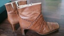 LADIES VINTAGE CLARKS TAN ANKLE ZIP UP BOOTS SIZE 4.5 VGC!!