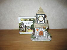 MEMORY LANE *NEW* Maison Cottage Meeting House avec Horloge 20x13cm