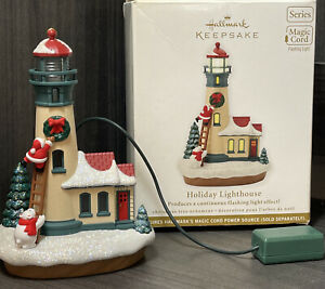 Hallmark 2012 Holiday Lighthouse 1st in series Flashing Light With Magic Cord