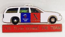 FUJI XEROX THE TEAM BEHIND THE TEAM SYDNEY OLYMPIC GAMES 2000 PIN BADGE #710