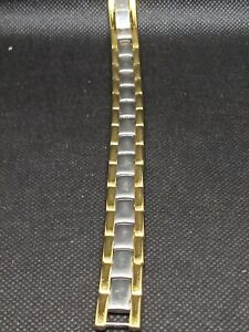 Gold plated magnetic therapy bracelet with 13 magnets hardly worn/needs a clean