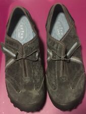 Woman's Clark's Privo Slip-On Comfort Loafers Size 6.5