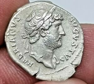 EXTREMELY RARE ANCIENT ROMAN SILVER DENARIUS COIN OF HADRIANUS.2,6 GR.19 MM