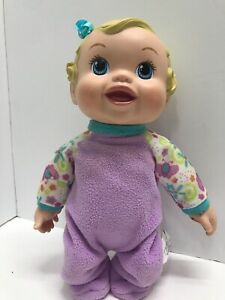 """Baby Alive Doll Bouncing Baby Hasbro Laughing Talking Toy 12"""" Giggles Works 2009"""