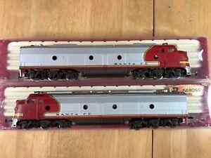 Rivarossi HO 1801 Santa Fe  EMD - E8 2 car Diesel unit