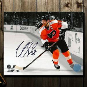 Claude Giroux Philadelphia Flyers SPOTLIGHT Autographed 8x10