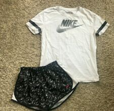 Nike white tshirt top with black shorts girls Large L