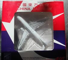 Inflight 400 Boeing 737-86R B-2665 China Eastern Airlines if4738008 1:400 scale