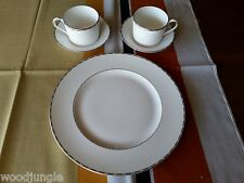 5 pc VERA WANG WEDGWOOD ENGLAND BAGUETTE  DINNER PLATE COFFEE TEA  CUP SAUCER