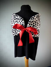 Cruella de ville stole, wrap, shawl, fancy dress costume in Dalmation velboa fur