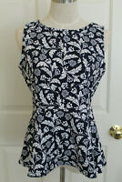 Banana Republic Women's Navy Floral Sleeveless Shirt Size 2 petite Cotton Blend