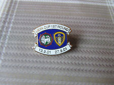 LEEDS United v MARITIMO UEFA Cup 2001 Round 1 Games FOOTBALL Pin Badge