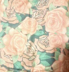 NWOT LuLaRoe TC Leggings Texas Pink Rose Cotton Candy Roses Soft Green Grey HTF