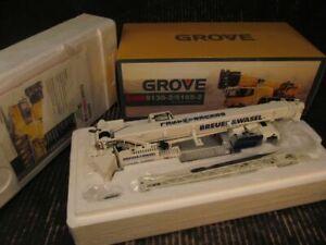 TWH Manitowoc Model Grove GMK5130-2/5165-2 All Terrain Crane 1/50 695/01 2008