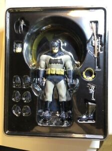 "2014 Mezco Direct One:12 Collective 6"" Batman The Dark Knight Returns BLUE"