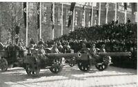 WW 2 Parade Vorbeimarsch Wehrmacht auf dem Heldenplatz in Wien im März 1938