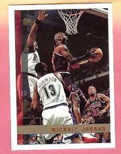 MICHAEL JORDAN 1997-98 TOPPS #123 CHICAGO BULLS (T)