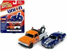 Johnny Lightning 1 64 Scale Union 76 2pk 1970 Chevy Camaro Z28 & 1965 Chevy Tow
