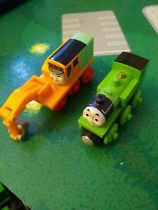 Thomas & Friends Wooden Railway Oliver & Oliver Character Engines CDK37 RARE