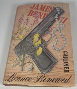 James Bond 007 Hardback Book. Licence Renewed. John Gardner. BCA. 1981 Vintage.