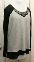 MAURICES   PALE GRAY & BLACK WAFFLE RIBBED  PRINT & BEADED TRIM  TUNIC  Top  XL