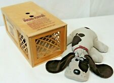 Vintage 1984 Collector's Edition Pound Puppy & Collectors Wood Dog Pound Crate