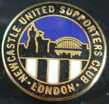 Newcastle United FC LONDON SUPPORTERS CLUB badge Maker BLACK DRAGON 19mm Dia