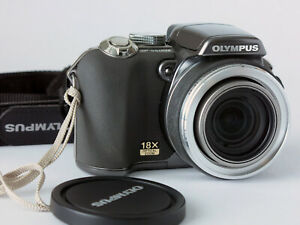 Olympus SP-550 UZ 7.1MP Digital Camera