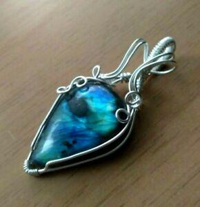 Handmade Pendant-Multi-fire Blue Labradorite Gemstone Wire Wrap Silver Jewellery