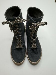 Rocket Dog Womens 9 1/2M Boots Gray Fold Over Snap High Top Lace Up