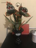 "18"" Medium  Creepy Ghoulish Garden Halloween Black Planter Hyde & EEK! In Hand"