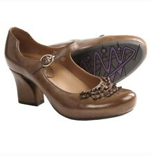 EARTHIES Shipley Almond Brown Leather Mary Janes Heel Pumps 8 Anthro Style Fall