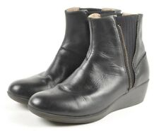 Eastland Layla Black Leather Knit Gore Chelsea Ankle Boots, Women's US 8.5