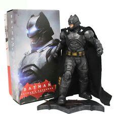 BATMAN VS SUPERMAN: DAWN OF JUSTICE/ FIGURA BATMAN BLINDADO 30 CM- ARMORED BOX