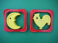 2x DDR Babyrassel Rassel Klapper Baby Spielzeug Plaste Mond Hahn Beißring