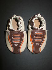Robeez baby infant leather slip on trainers moccasin crib shoes slippers boy 0 6