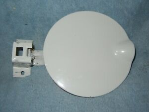 SAAB 9-3 Hatchback Gas Cap Lid  Fuel White 1999 - 2003