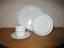 GUY DEGRENNE *NEW* Filigrane Set 3 Assiettes + Tasse à thé
