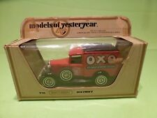 MATCHBOX YESTERYEAR Y-22 FORD MODEL A VAN 1930 - OXO CUBE - EXCELLENT IN BOX