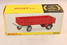 Dinky Toys 428 Trailer empty box in very near mint condition all original