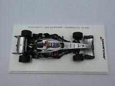 Spark 1:43 Kimi Raikkonen McLaren MP4-20 Japanese GP 2005 Team McLaren box