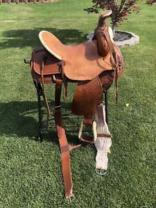 """16"""" Hereford Ranch / Roping / Trail saddle"""