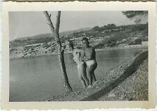 PHOTO ANCIENNE - COUPLE HOMME MER PLAGE - SEA BEACH GAY MAN - Vintage Snapshot